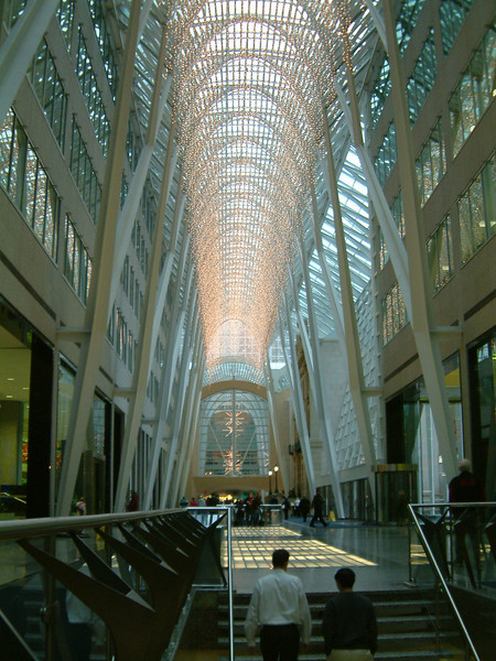 Shopping mall Toronto