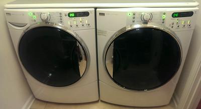 Front loader washer/dryer
