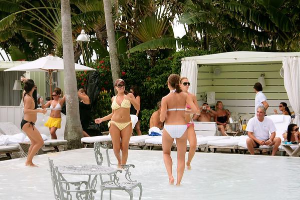 Miami 2009 - Pool Scene 002