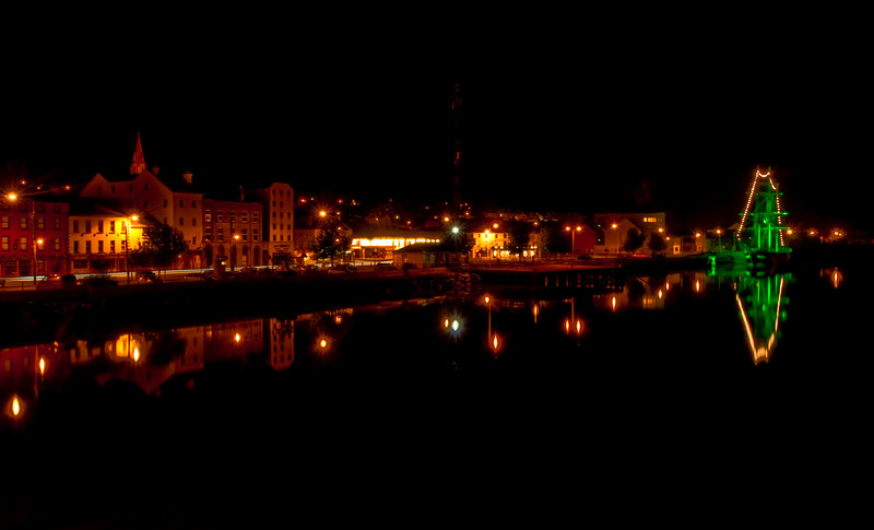 New Ross at night. The Dunbrody Ship is also shown....<br /> <br /> Picture W030