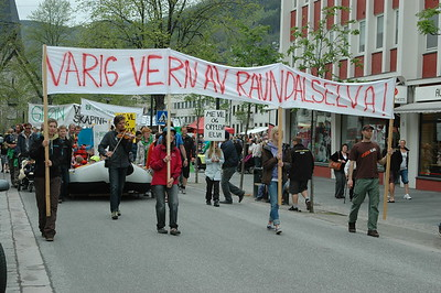 Demonstration - Keep Raundalen protected