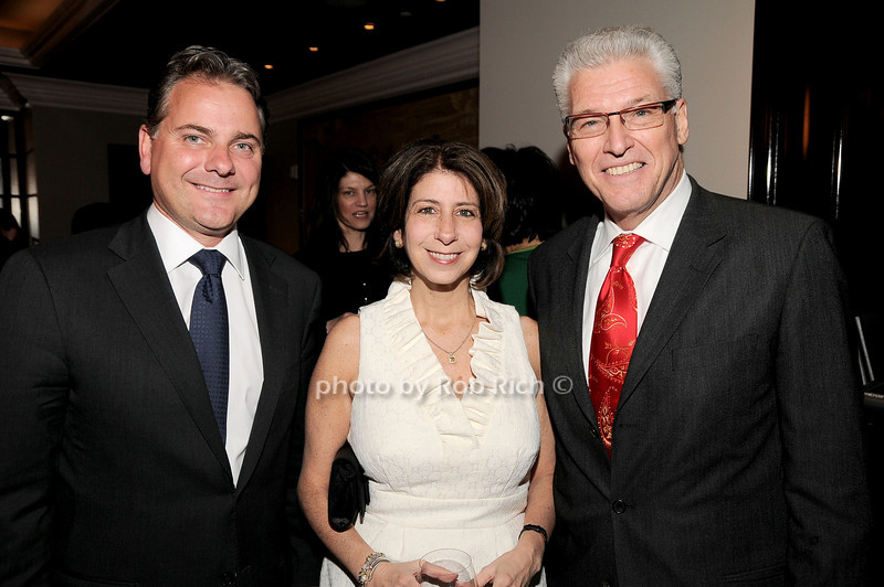 Ellis O'Connor,Madeline Roberts, Ed Ventimiglia<br /> photo by Rob Rich © 2010 robwayne1@aol.com 516-676-3939