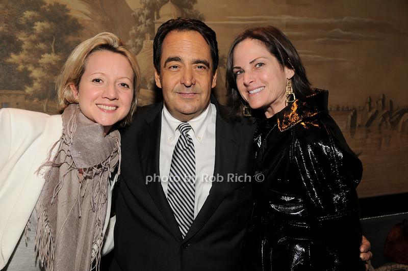 guest, Richard David Story, Jill Rudnick<br /> photo by Rob Rich © 2010 robwayne1@aol.com 516-676-3939
