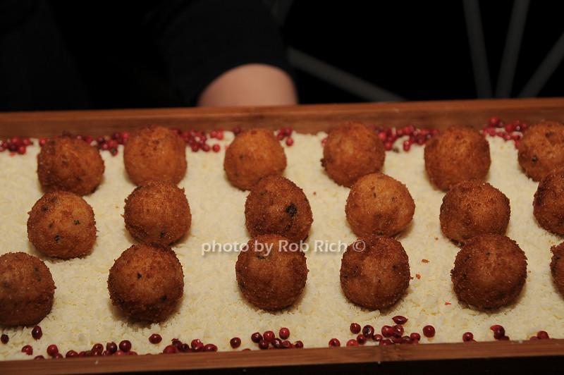Cafe Boulud canapes<br /> photo by Rob Rich © 2010 robwayne1@aol.com 516-676-3939