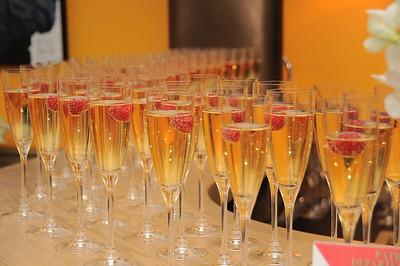 champagne photo by Rob Rich © 2009 robwayne1@aol.com 516-676-3939