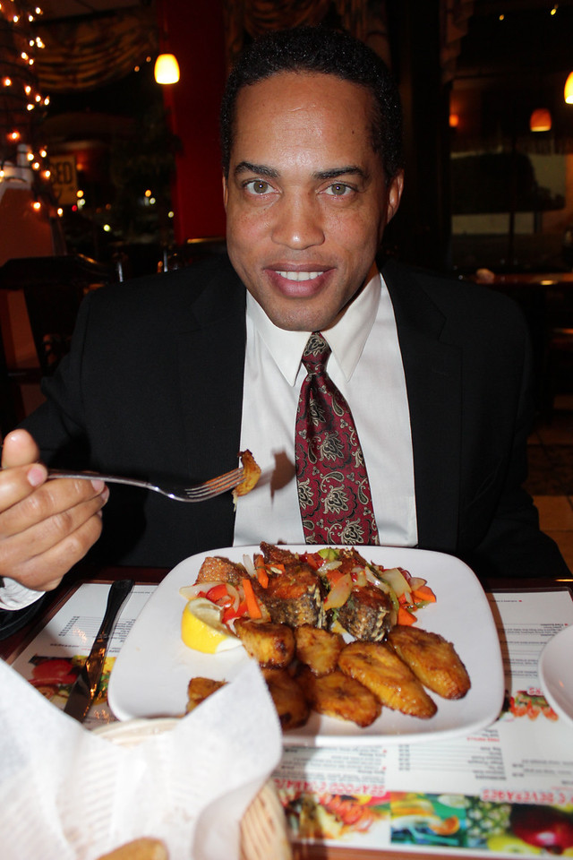 Guess who came to dinner?  America's Court Judge Kevin Ross is about to chow down at Derrick's Jamaican Cuisine.
