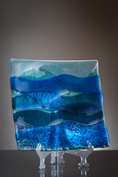 art gallery glass plate
