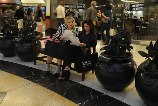 "The night was a fun success with friends, family and fashionista's enjoying the sights, sounds and sales throughout the complex.  I found the mother daughter duo Rachel and Roslyn Rothfeld checking out the FNO schedule with their ""shopping passport"" in hand."