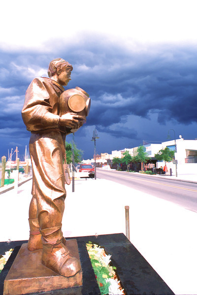 Sponge Diver Statue at Tarpon Springs, Florida