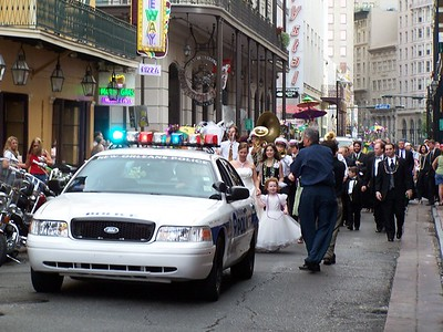 Wedding Procession on Bourbon Street How cool is that!!!!!