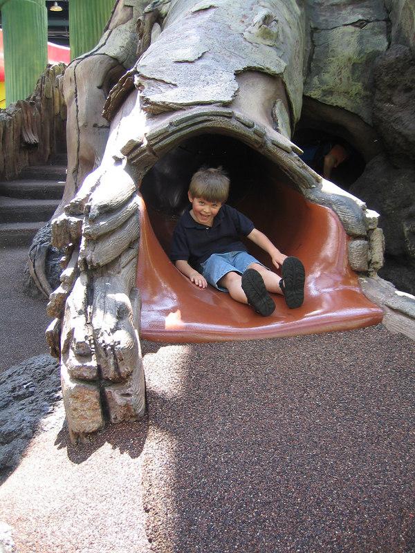 Disney 2005 00110