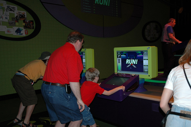 Innoventions at Epcot - Build a robot