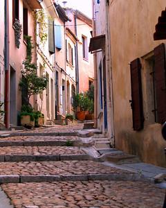 Provence Passageway