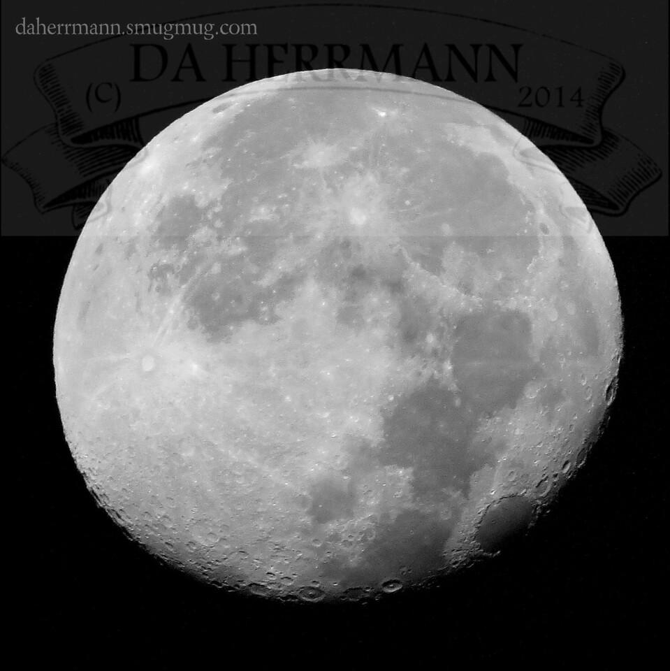 Waning Gibbous Blue Moon<br /> <br /> August 22, 2013<br /> <br /> (C)DA Herrmann 2013<br /> DAHerrmannPhoto@yahoo.com
