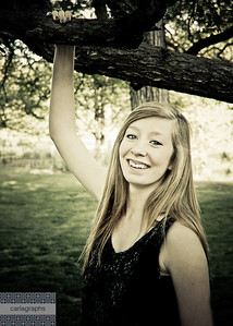 Tess Hand on Branch Big Smile effect-