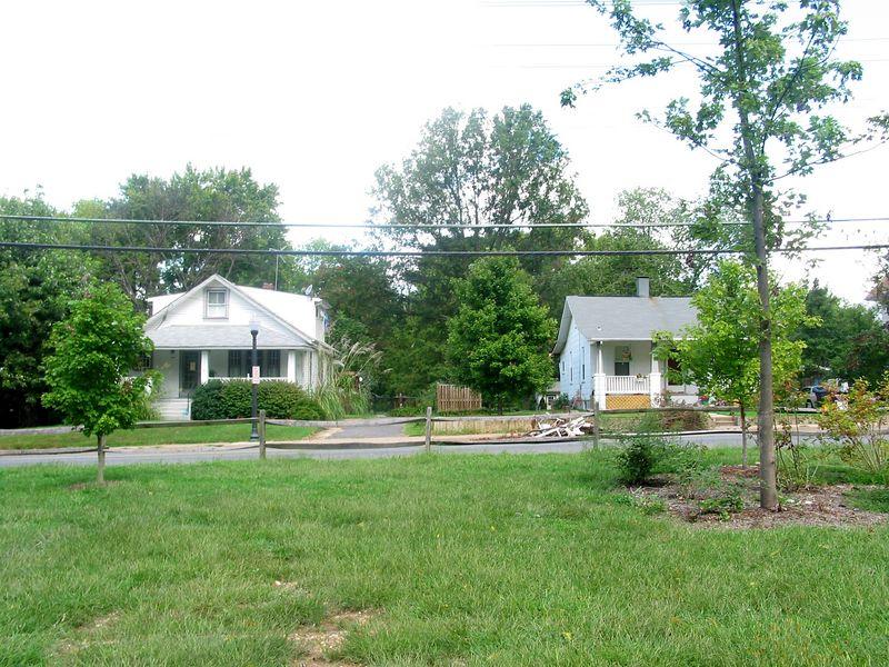 Douglas Park 1-Sept-09-04