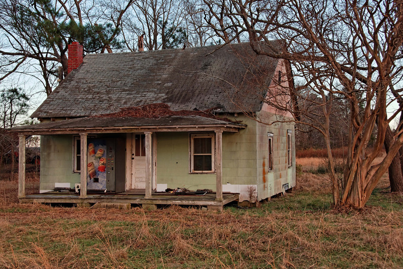 House with Vending Machine, Columbia, NC
