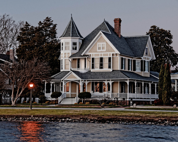 House on Edenton Harbor at Sunset
