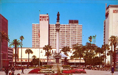JCPenney, F.W. Woolworth Company and the Robert Meyer Hotel. Photo courtesy of State Archives of Florida, Florida Memory, http://floridamemory.com/items/show/163677