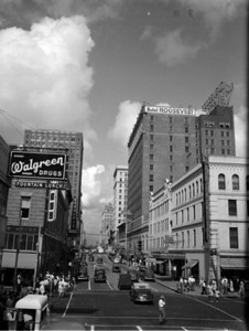 Walgreens on Adams Street. Photo by Robert E. Fisher. Courtesy of State Archives of Florida, Florida Memory, http://floridamemory.com/items/show/166928