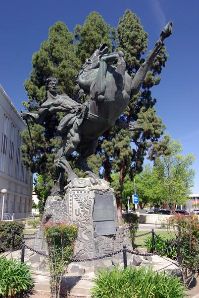 David of Sassoon, Downtown Fresno, CA (3)