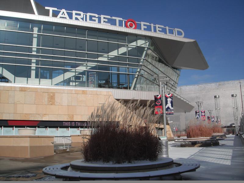 "Target Field in Downtown Minneapolis<br /> <a href=""http://smu.gs/18Retpz"">http://smu.gs/18Retpz</a>"