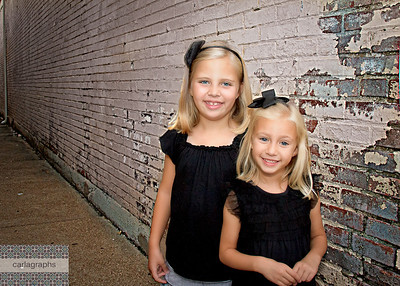 Sisters in the Alley-