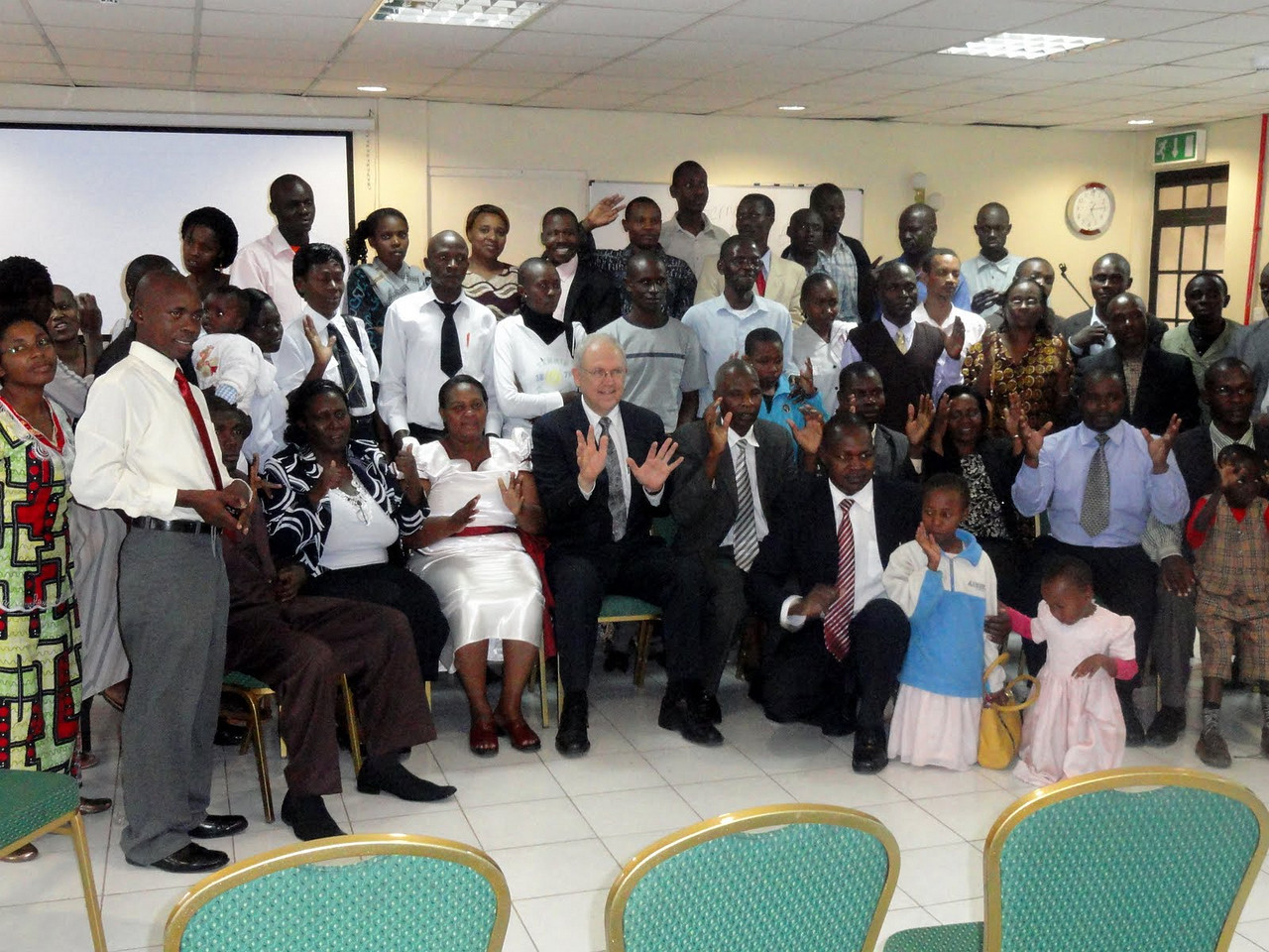 Dr. Larry Evans in Nairobi on 2011 meeting with deaf from different areas of Kenya