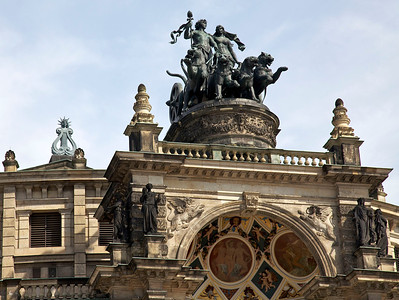 Semperoper. Bronze sculpture by Schilling of wagon with four panthers driven by Dionysos and Ariadne.