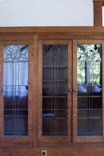 cabinte glass detail