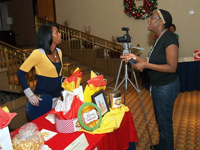 CNN interviewing Monique Evans of Ethan & Collier Popcorn Company.