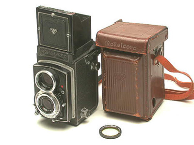 rolleicord and case