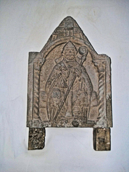 St Lawrence the Martyr Church, Godmersham: Thomas Becket sculpture