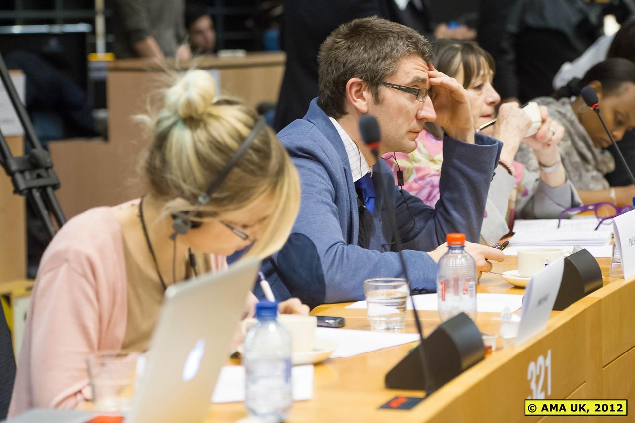 EU3_0186: Journalists from the European media were present.