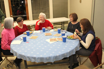 IMG_2870jcarrington eyc bingo dinner 120911