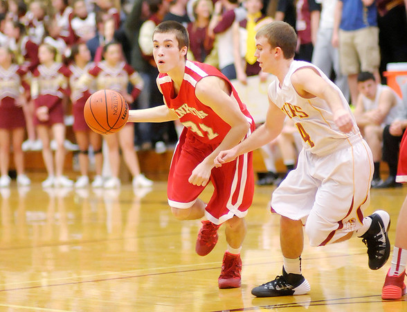 Don Knight / The Herald Bulletin<br /> Alexandria hosted Frankton on Friday.