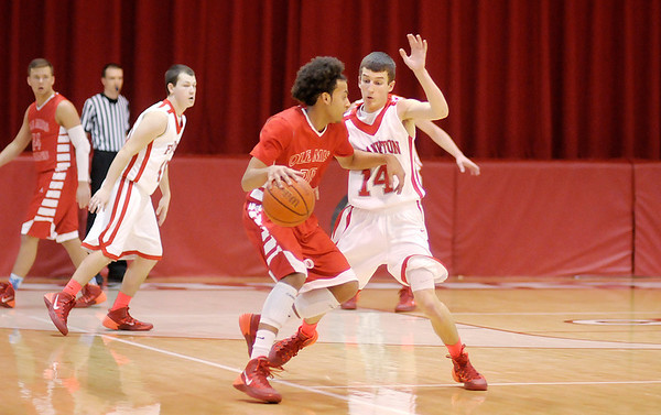 Don Knight / The Herald Bulletin<br /> Frankton hosted Mississinewa on Friday.