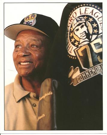 "Earl ""Stick"" Robinson Community Leadership Awardee 2001/Orange County Negro League Hero"