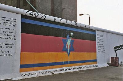 East Side Gallery, East Berlin,  September 1990 14 SM