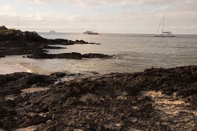 Yolita 2  Galapagos Islands  2016 06 12 -1.CR2-3.CR2