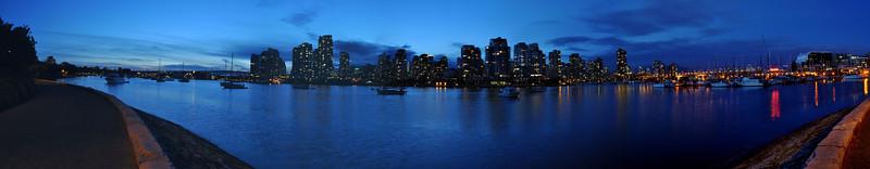 False Creek de Vancouver, la nuit.