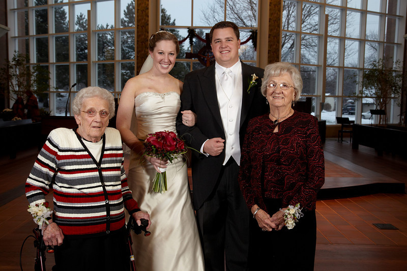 Naperville, IL - Ehrlich-Walsh Wedding: Lindsay Ehrlich and Gordon Walsh in Naperville, IL on December 19th, 2009 - Photo by © Todd Buchanan 2009 Technical Questions: todd@toddbuchanan.com; Phone: 612-226-5154.