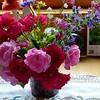 Bunter Gartenblumenstrauß an Muttis Geburtstag