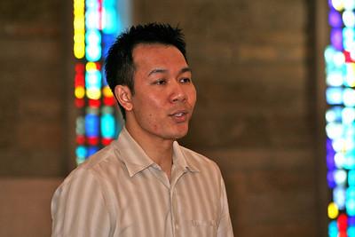 Fr. Vien Nguyen leads SCJs in song.