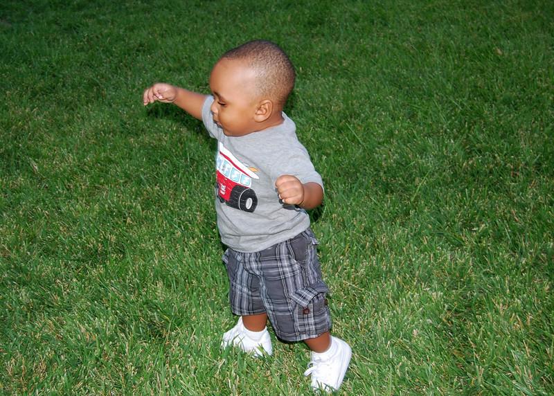 Elijah at 13 months0001_1