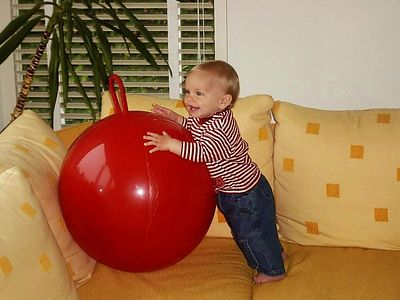 11 months and the skippy ball is getting more and more interesting ;-)