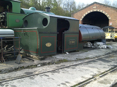 0-6-0T 2150 'Mardy Monster' in bits   30/04/16.