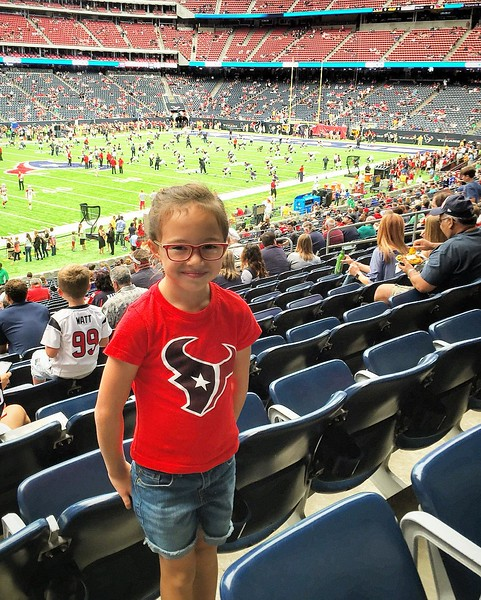 "1st Texans game. via Instagram <a href=""http://ift.tt/2cmaOZ3"">http://ift.tt/2cmaOZ3</a>"