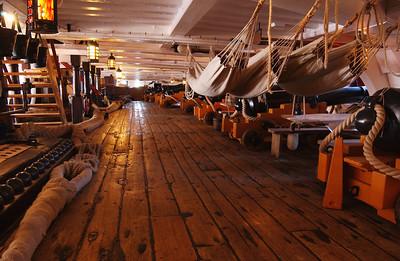 PORTSMOUTH HISTORIC DOCKYARD: HMS Victory
