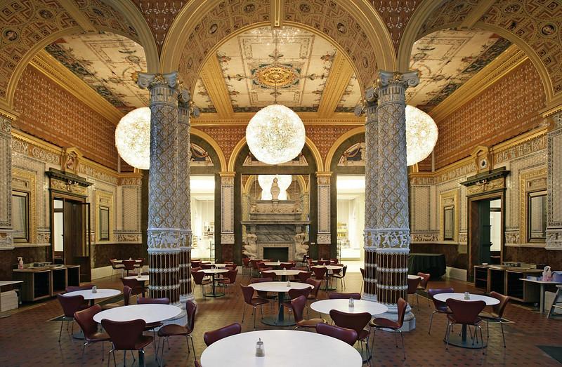 VICTORIA AND ALBERT MUSEUM: V&A Café